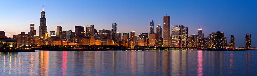 chicago-skyline-evening-donald-schwartz